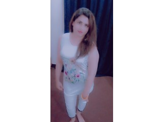 Girls available hayn contact number 03072392178